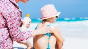 Παιδί με αλλεργίες και αντιηλιακή προστασία